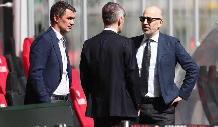 La dirigenza del Milan a colloquio