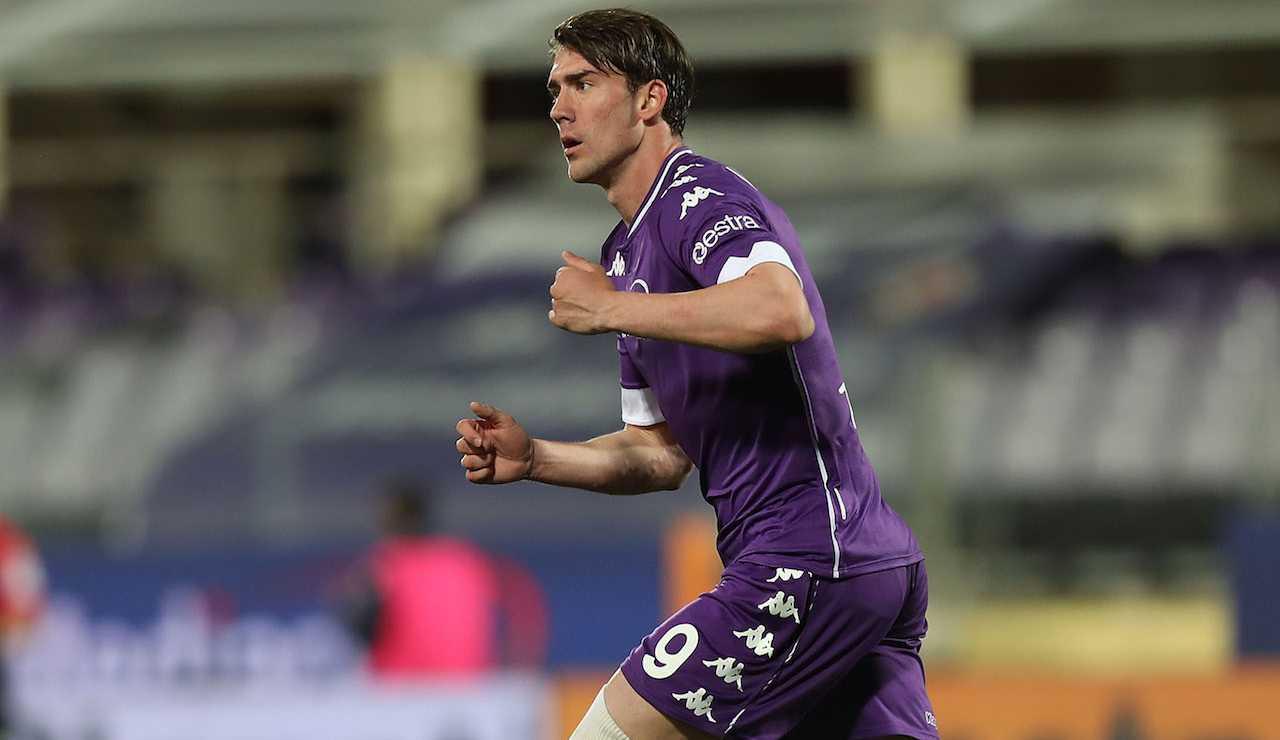 Vlahovic Fiorentina rinnovo Juventus Milan