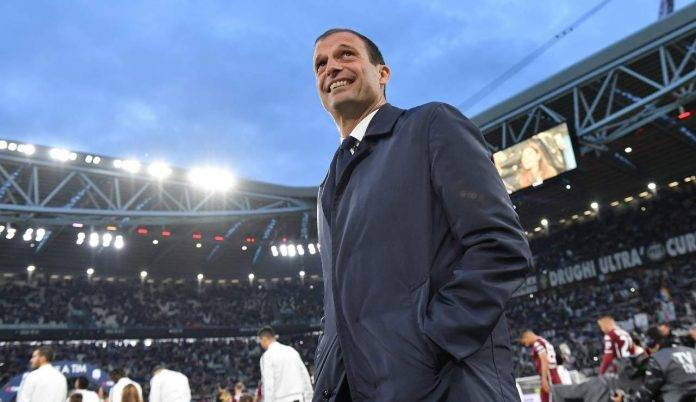 Massimiliano Allegri sorride