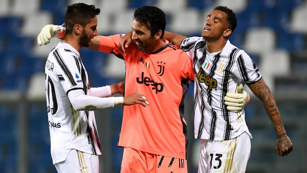 Buffon esulta con Danilo e Bentancur