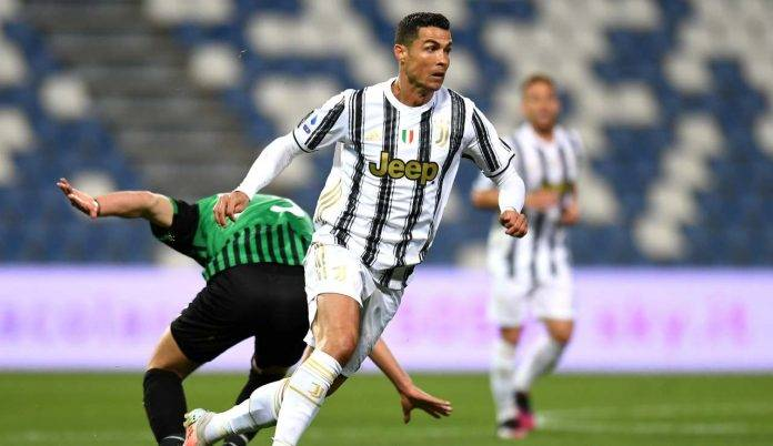 Ronaldo palla al piede
