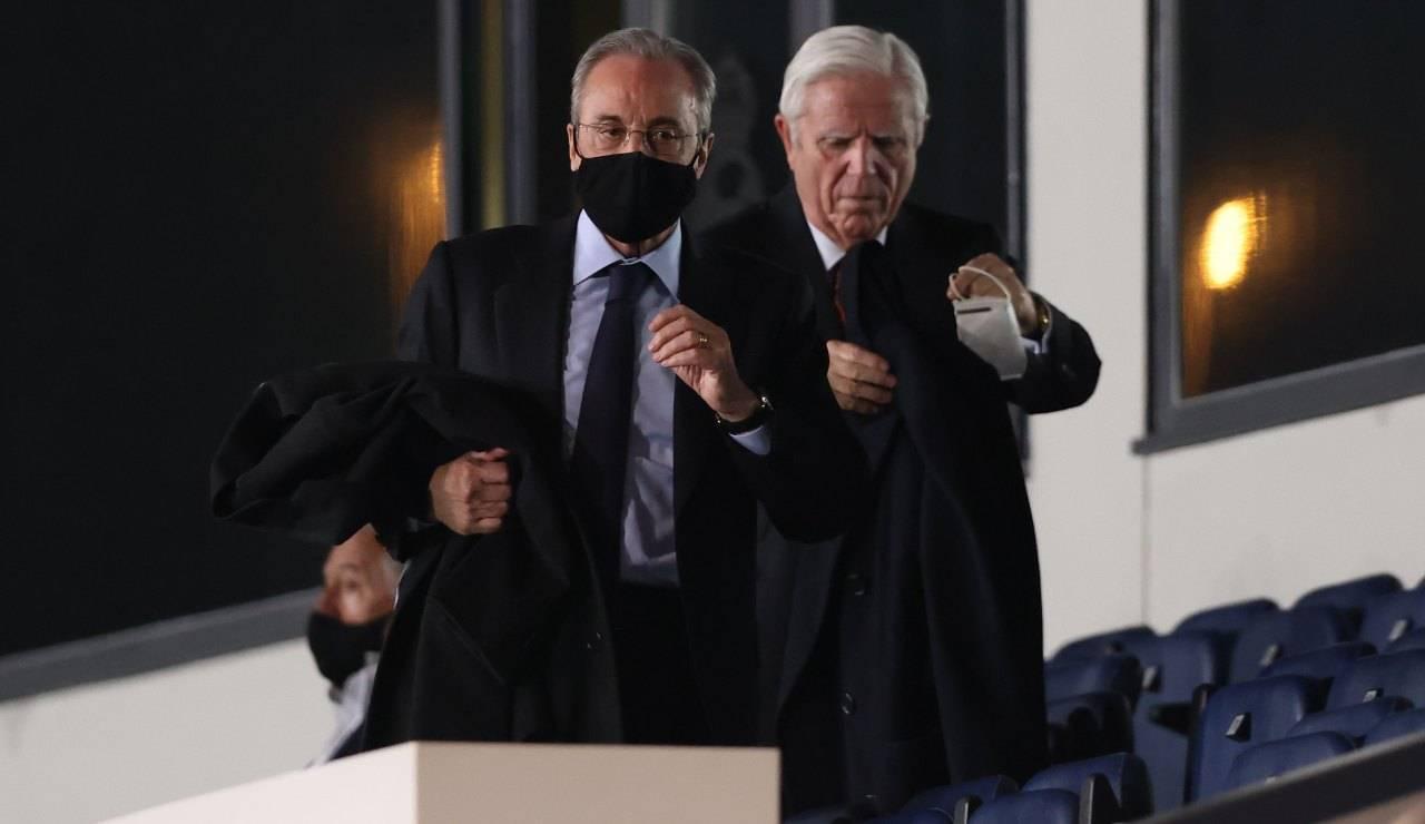 Perez all'uscita dallo stadio