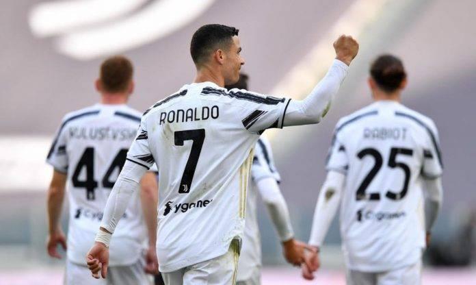 Cristiano Ronaldo esulta dopo un gol