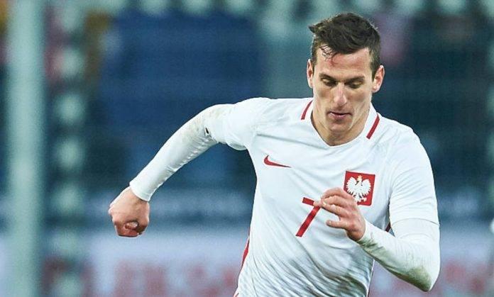 Milik con la maglia della nazionale polacca