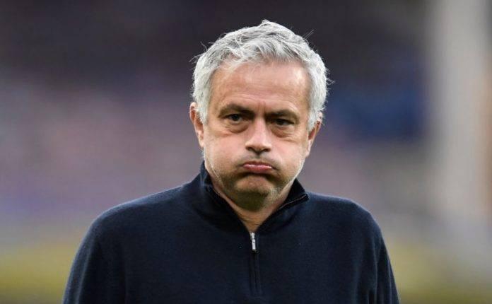 José Mourinho infastidito