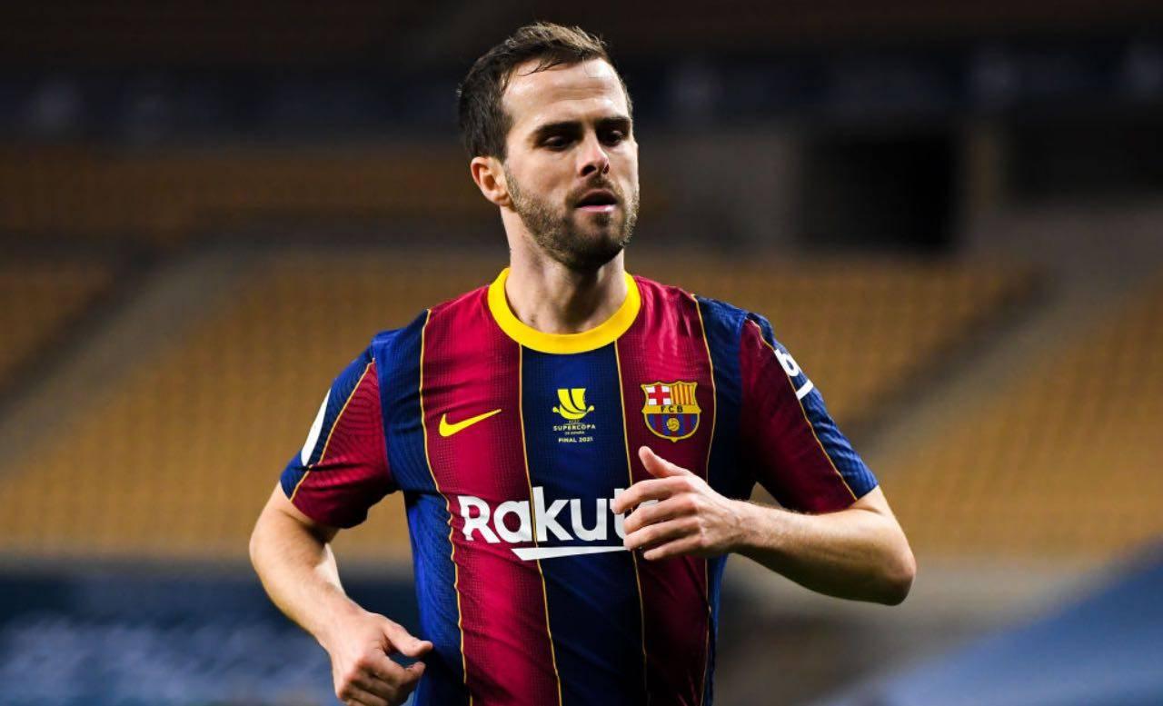 Miralem Pjanic con la maglia del Barcellona