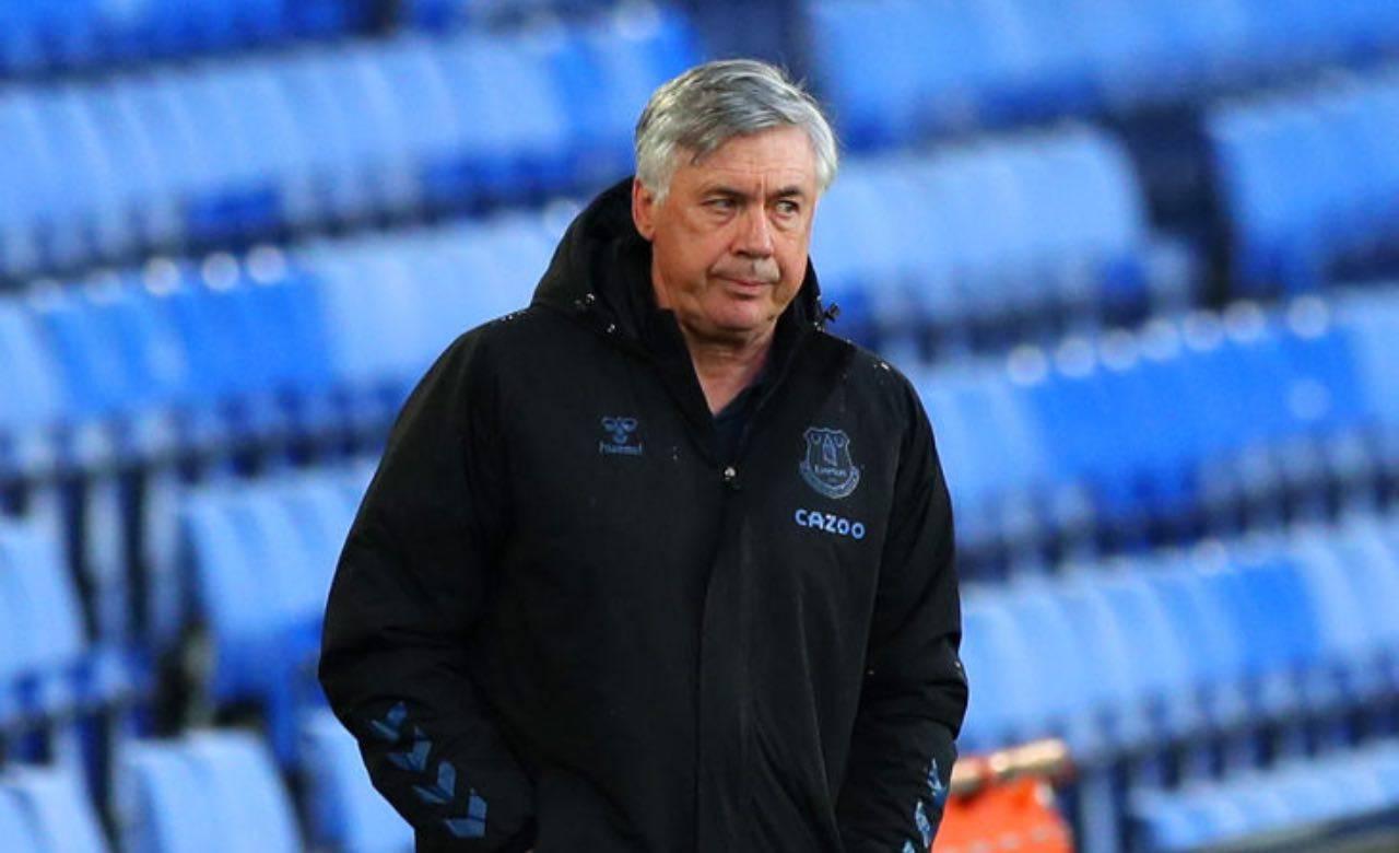 Ancelotti sulla panchina dell'Everton
