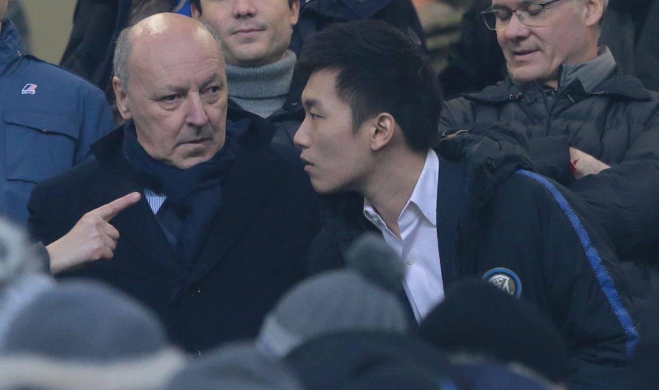 Zhang e Marotta a colloquio in tribuna