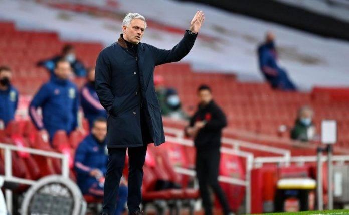 Mourinho in panchina al Tottenham