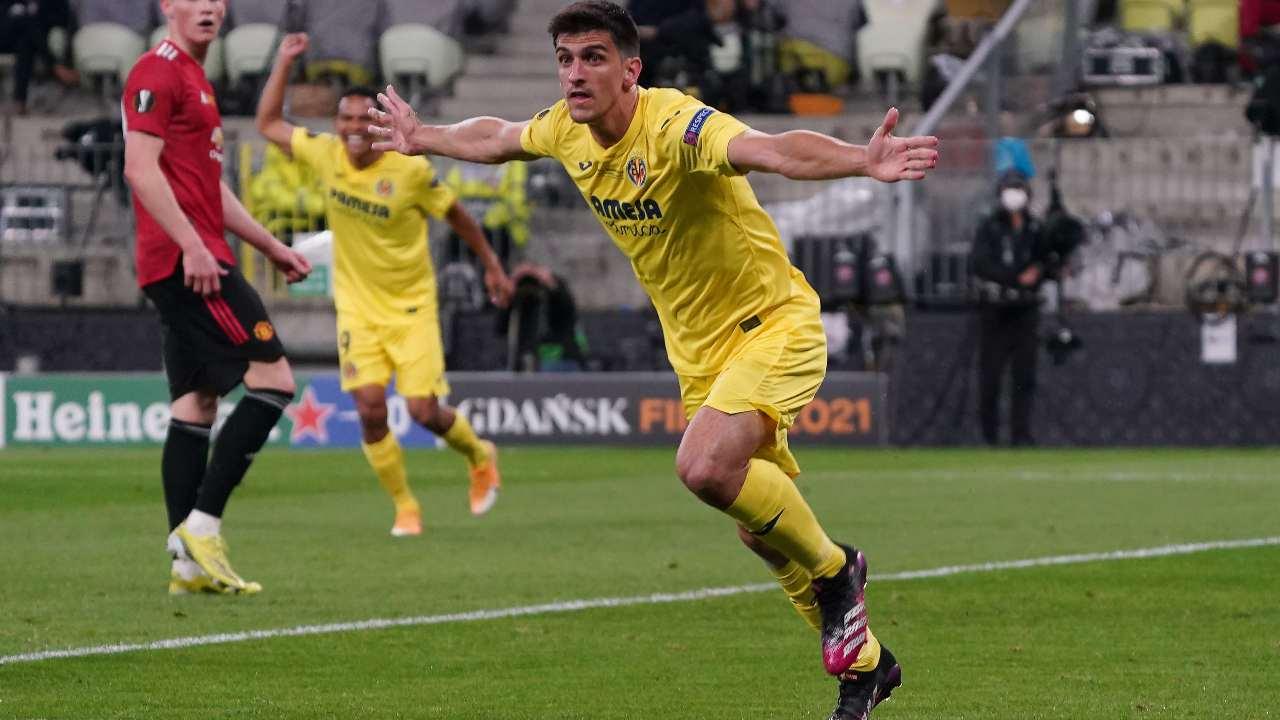 Esultanza Gerard Moreno dopo il gol del momentaneo 1-0 del Villarreal nella finale di Europa League di Danzica