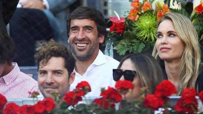 Raùl Gonzalez Blanco sorridente