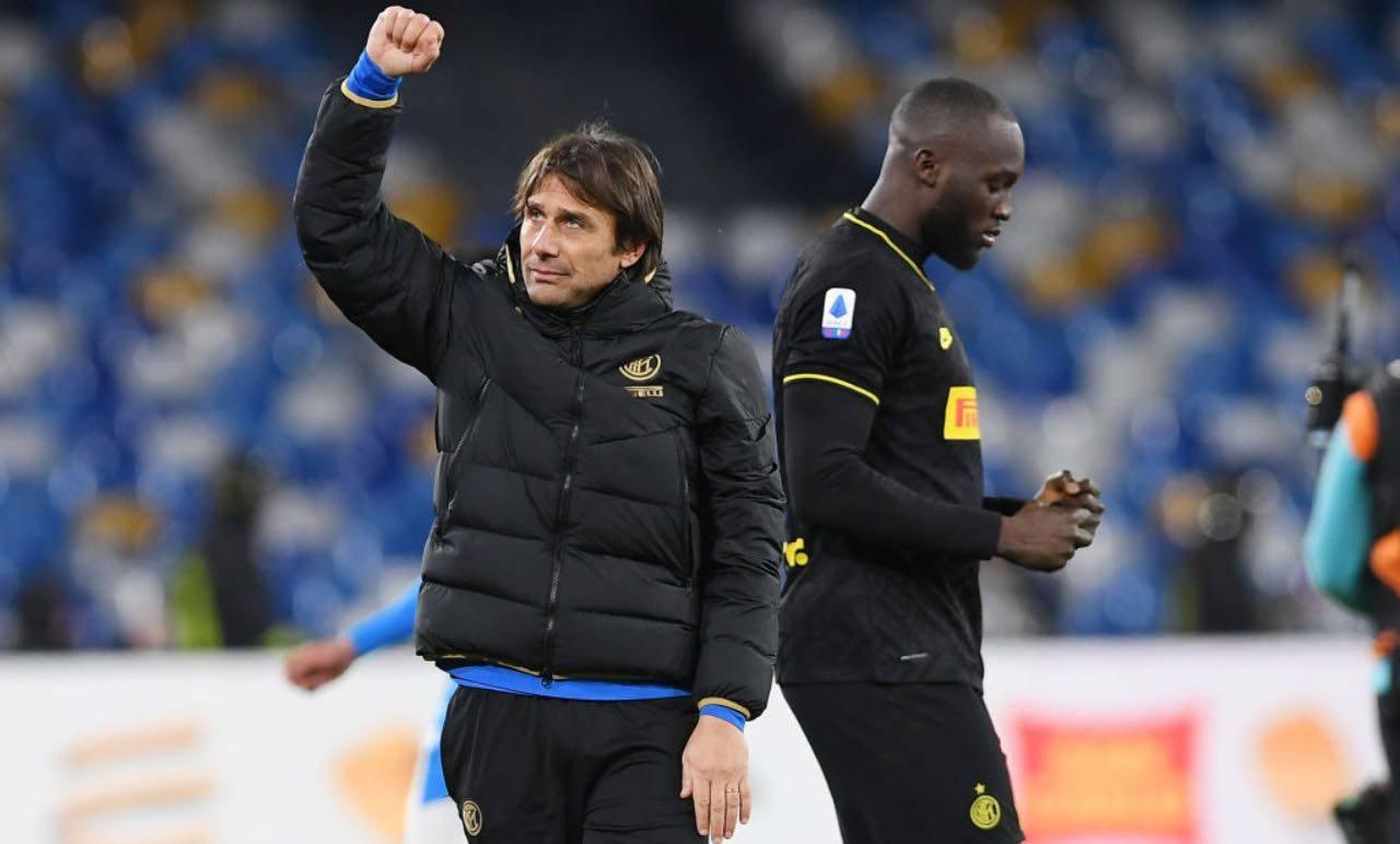 Conte e Lukaku festeggiano un gol