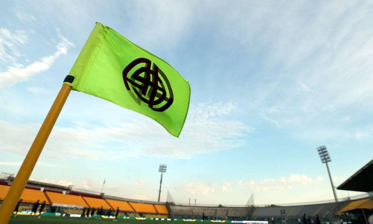 Bandiera del Livorno allo Stadio Picchi