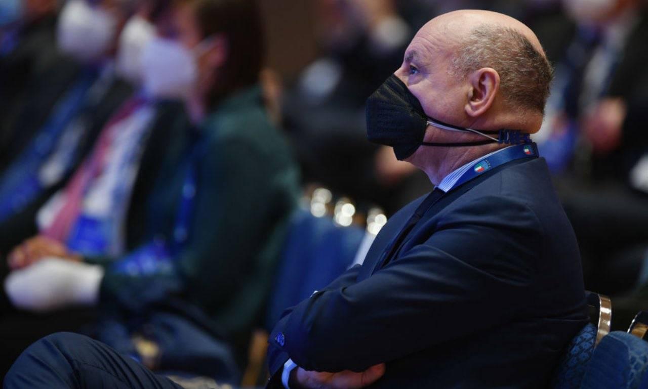 Marotta durante l'assemblea della FIGC
