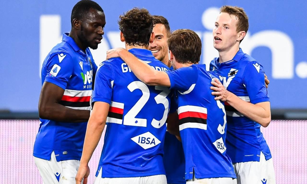 La Sampdoria esulta per un gol alla Roma
