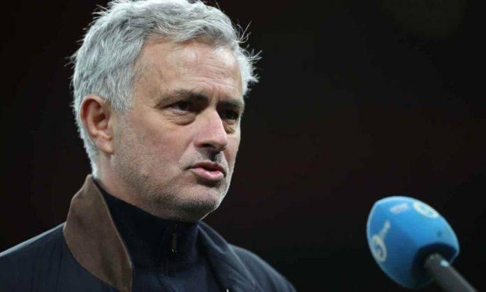 Mourinho parla alla stampa