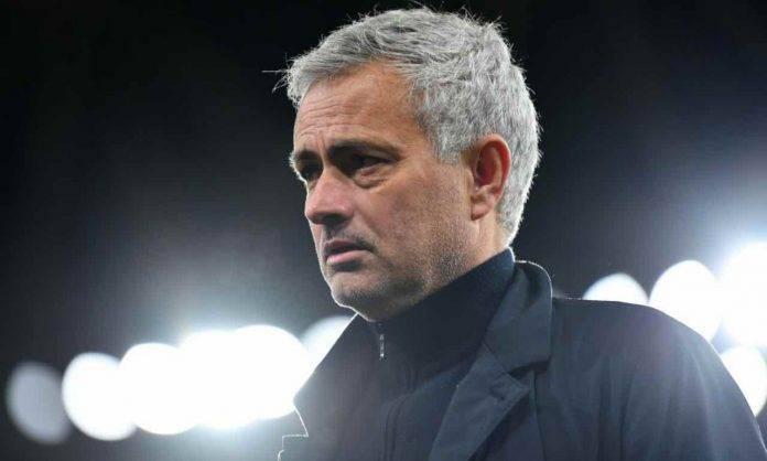 Mourinho da allenatore del Tottenham