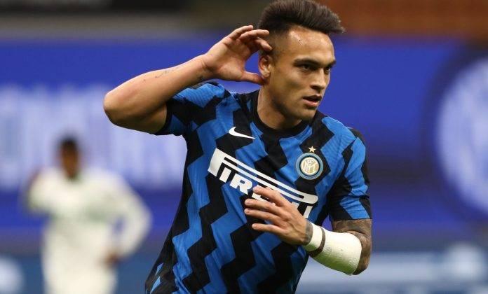 Inter, Lautaro esulta dopo un gol