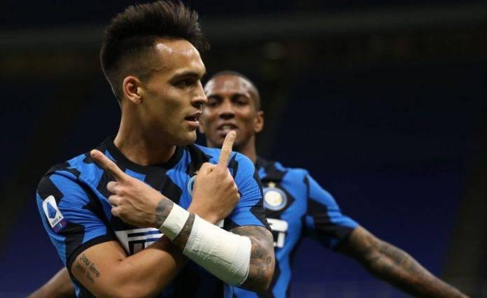 Inter, Lautaro esulta dopo un gol al Sassuolo