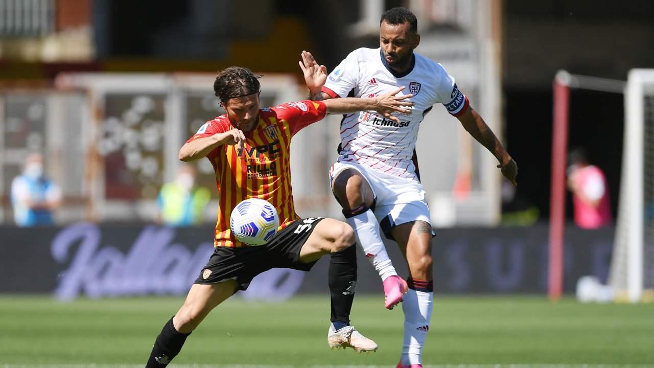 Benevento-Cagliari in campo