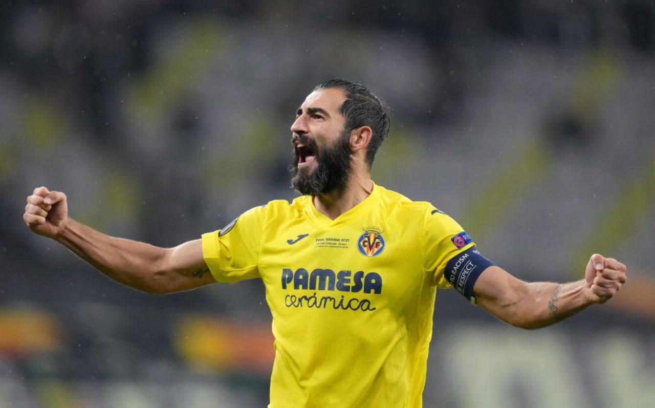 Albiol festeggia per la finale di Europa League