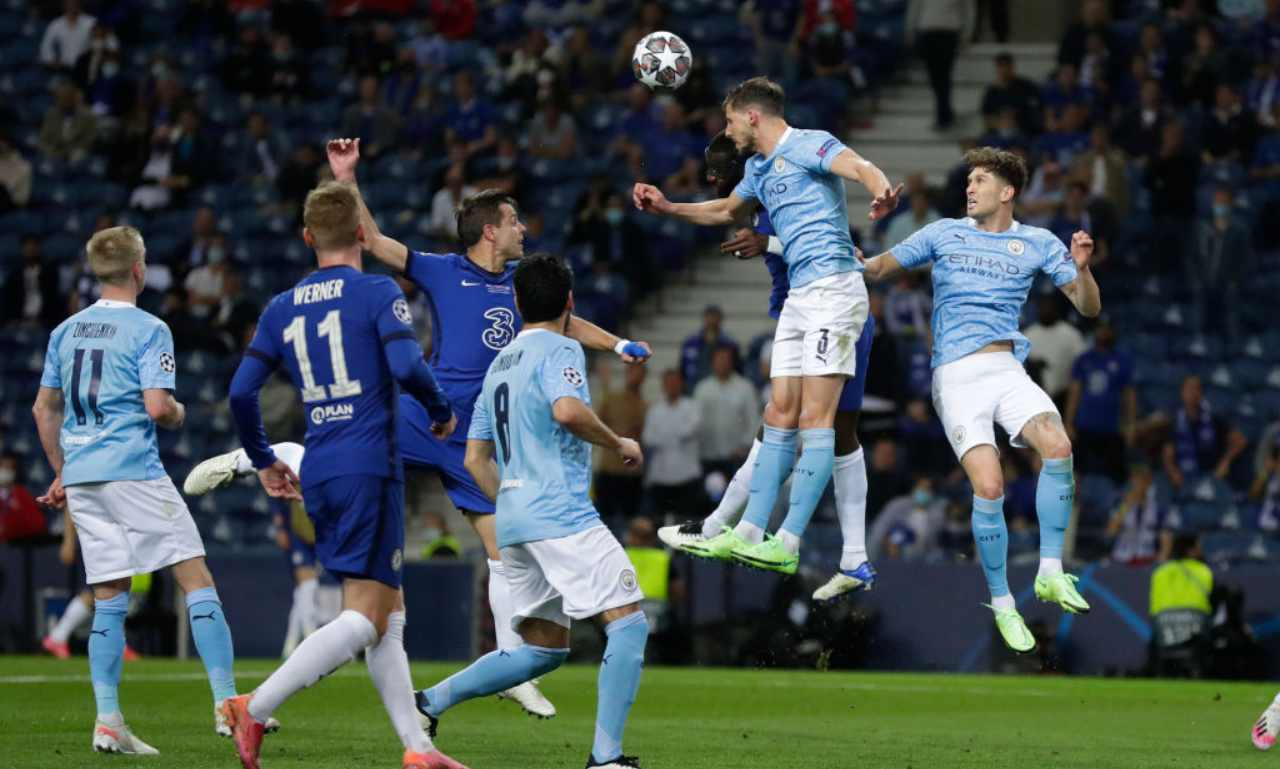 Azione di gioco durante City-Chelsea