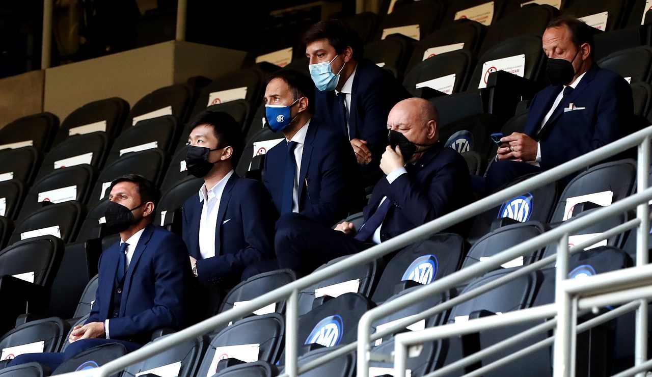 I dirigenti dell'Inter sugli spalti