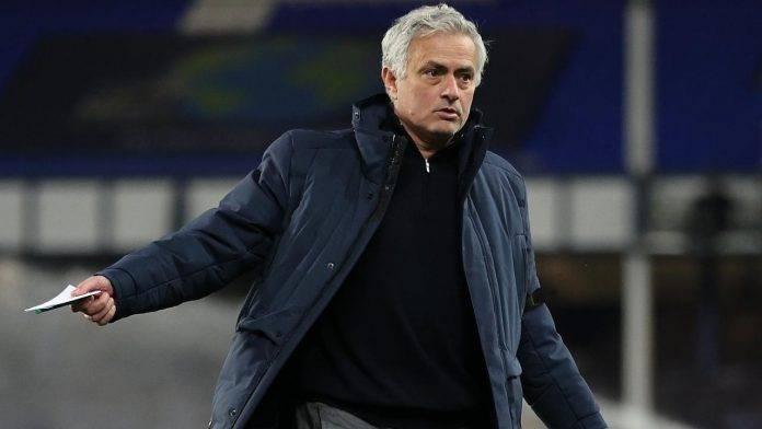 Mourinho durante la sua tappa al Tottenham