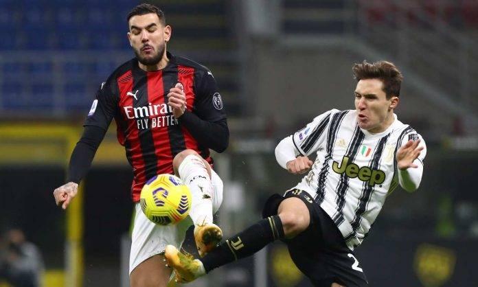 Theo Hernandez e Federico Chiesa a contrasto in Juventus-Milan