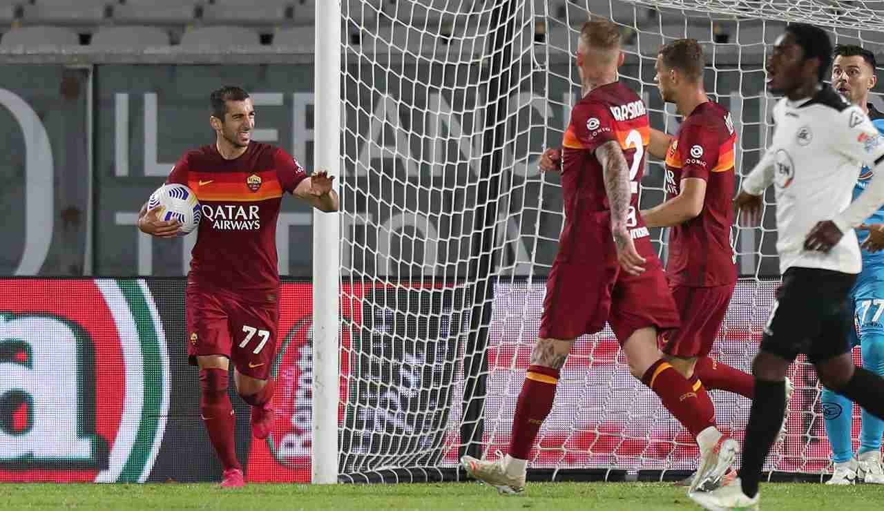 Mkhitaryan suona la carica dopo un gol della Roma