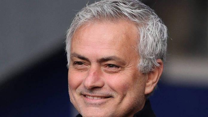 Mourinho sorridente