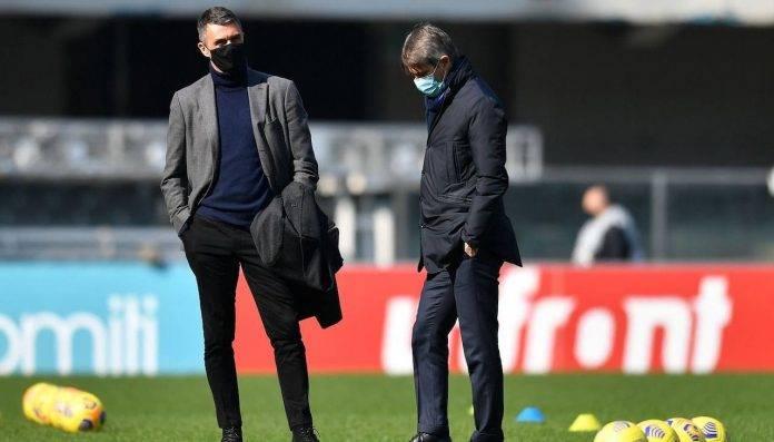 Paolo Maldini e Massara a colloquio