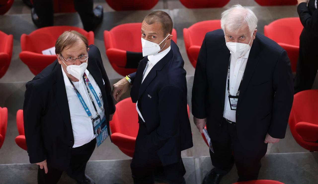Ceferin in tribuna durante una gara degli Europei