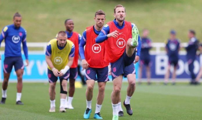 La nazionale inglese durante un allenamento