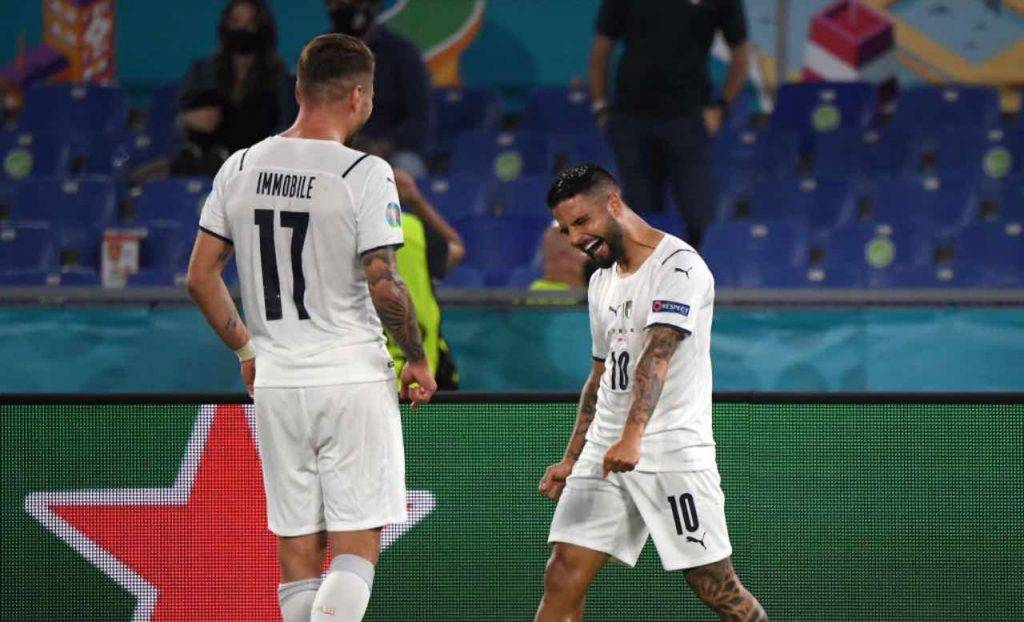 Immobile e Insigne esultano dopo il gol