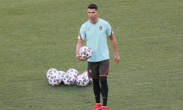 Ronaldo in allenamento col Portogallo