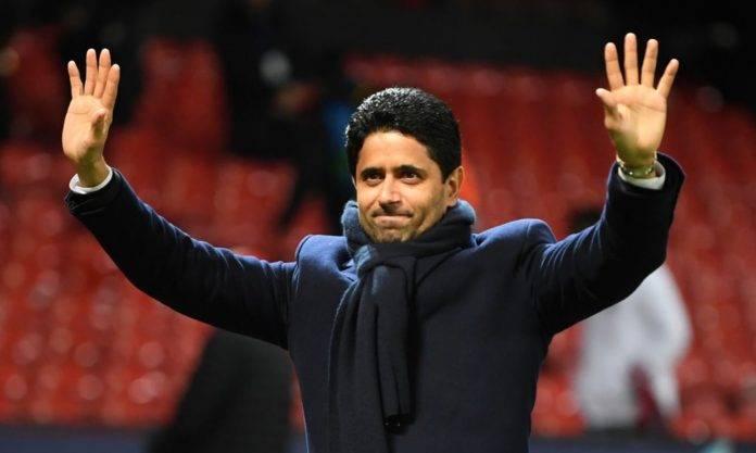 Nasser Al-Khelaifi saluta il pubblico