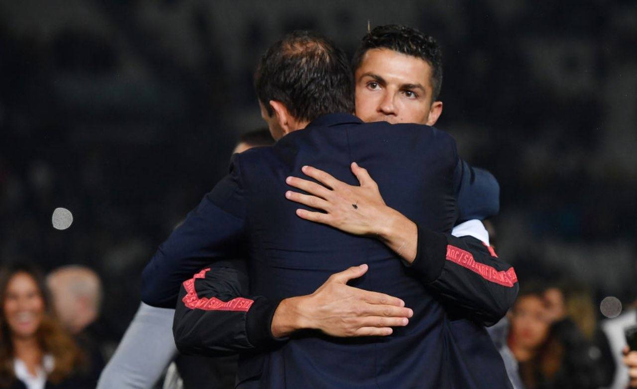 Abbraccio tra Allegri e Cristiano Ronaldo