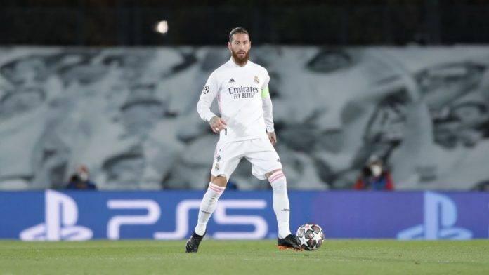Sergio Ramos palla al piede