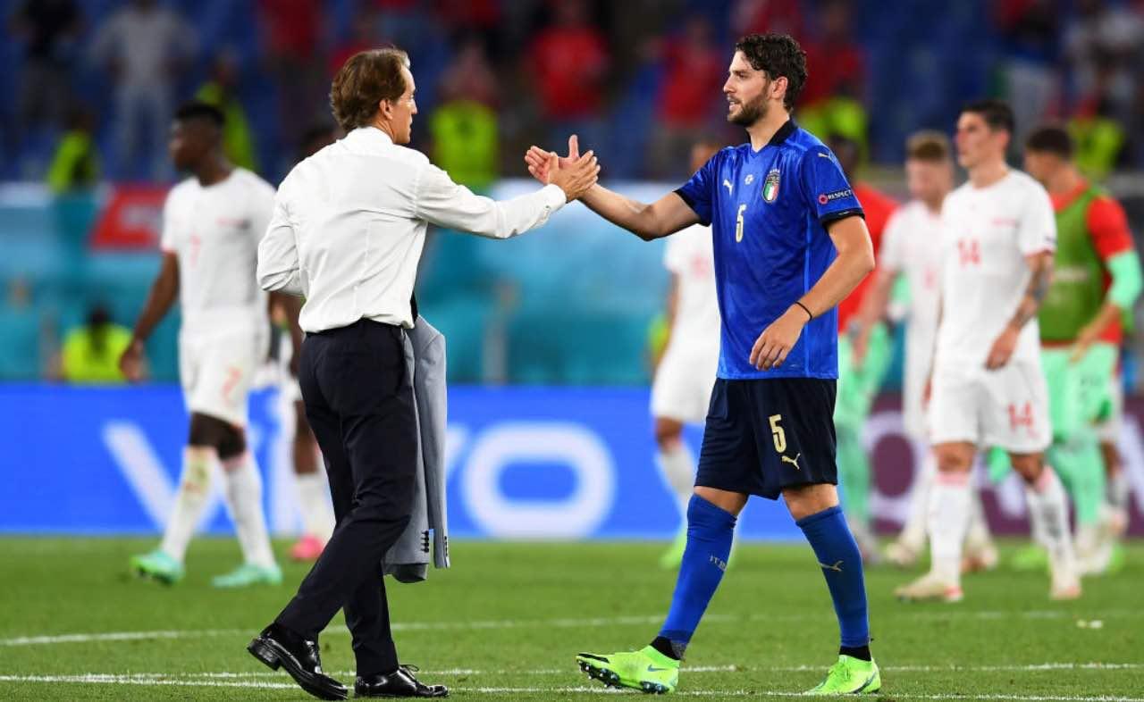 Mancini dà la mano a Locatelli