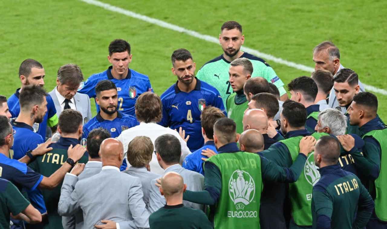 Mancini parla alla squadra