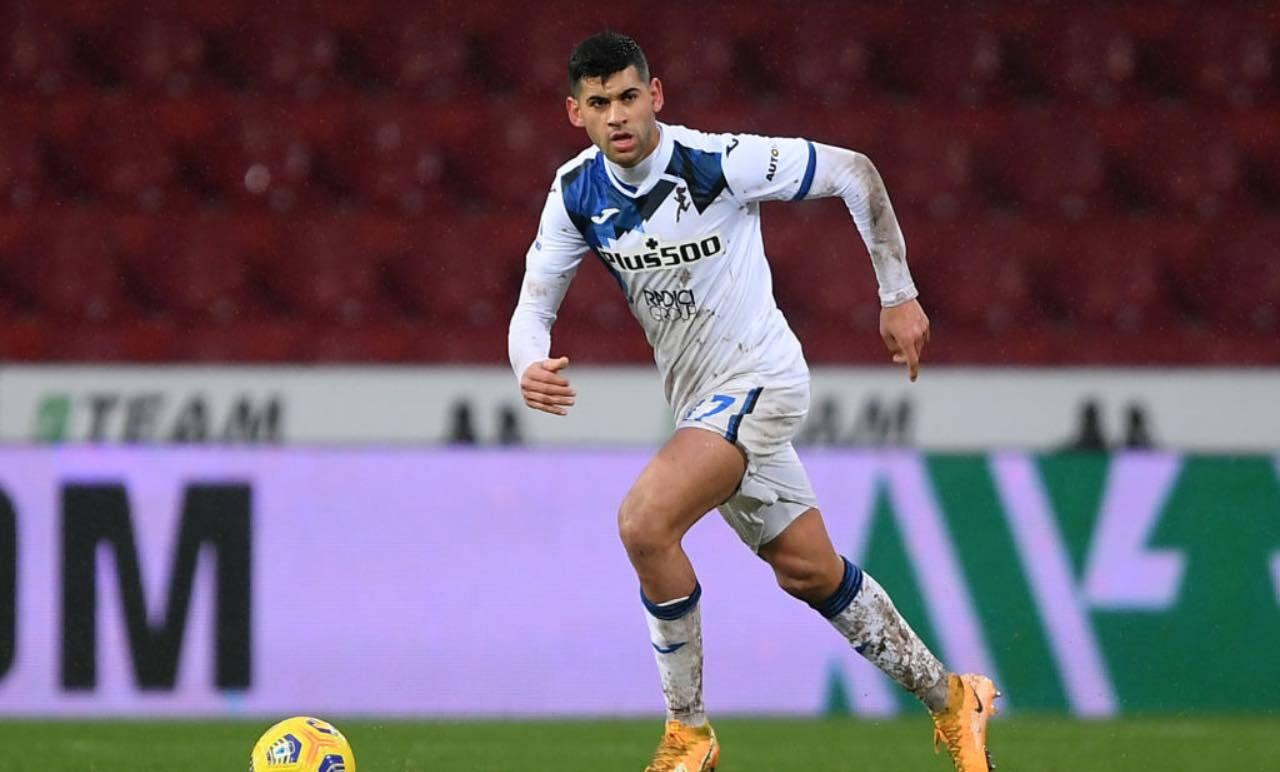 Cristian Romero con la palla al piede
