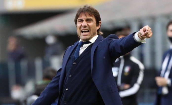Antonio Conte arrabbiato all'Inter
