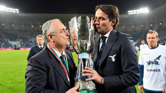 Claudio Lotito e Simone Inzaghi festeggiano
