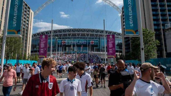 Tifosi allo stadio Wembley