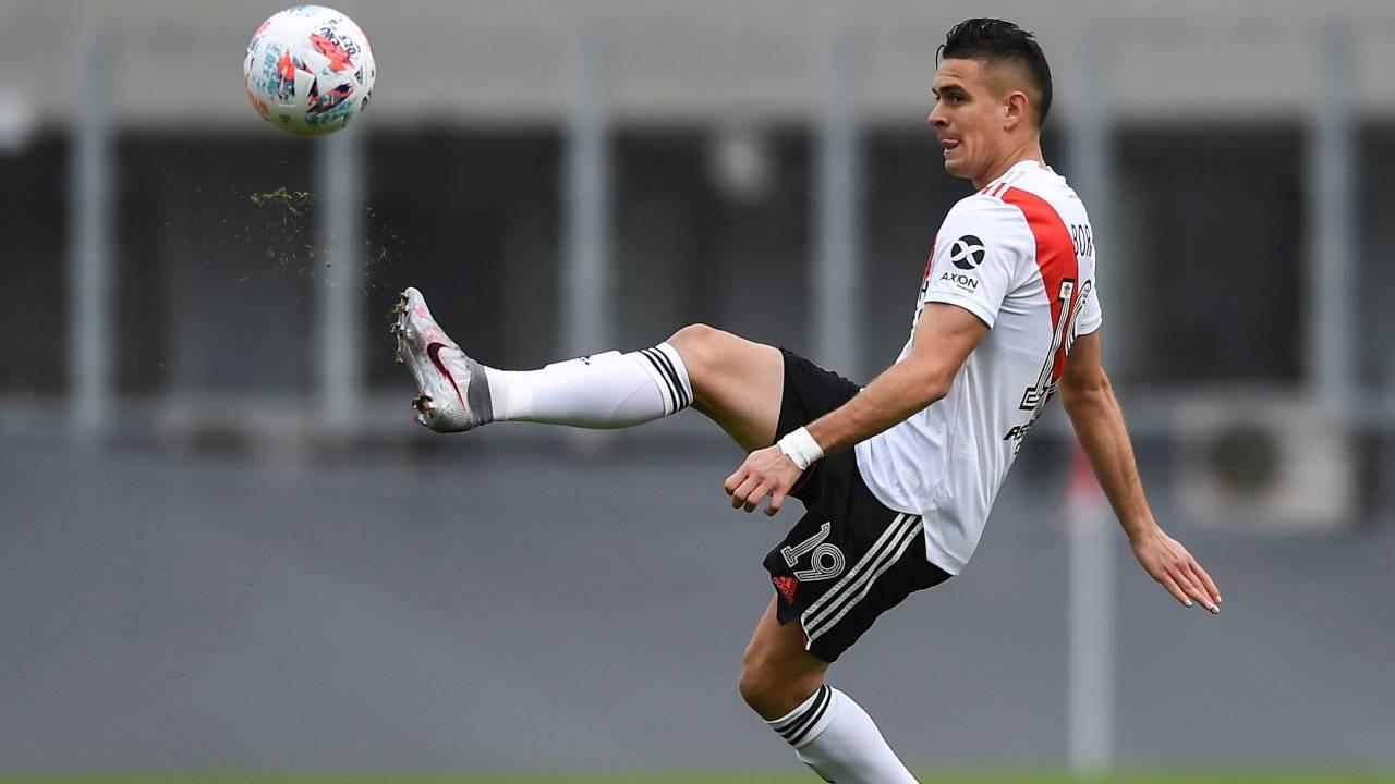 Rafael Santos Borre in azione