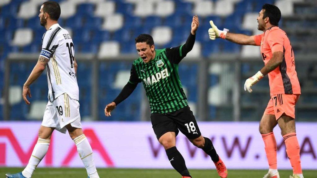 Raspadori contro la Juventus