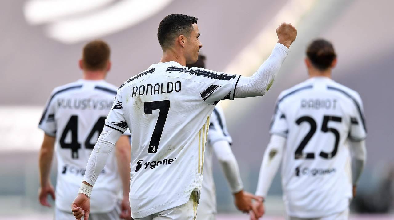 Ronaldo festeggia