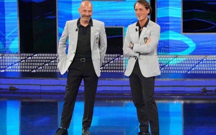 Mancini e Vialli sorridono