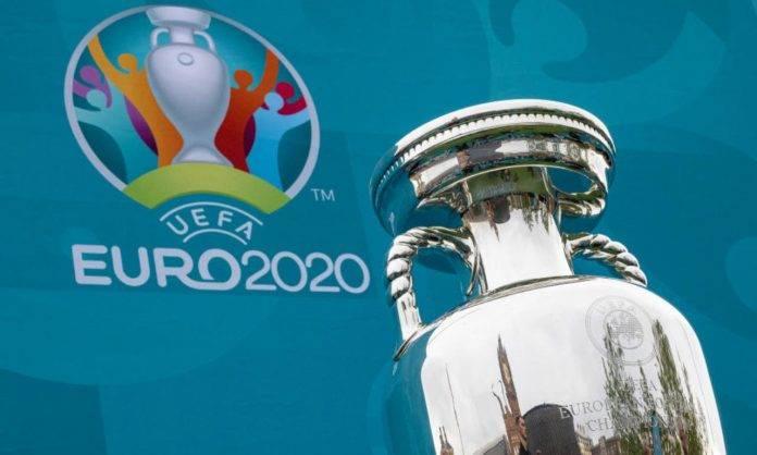 La coppa di Euro2020 arriva a Londra